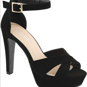 NWB Black high heels